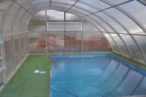 закрытый бассейн на даче